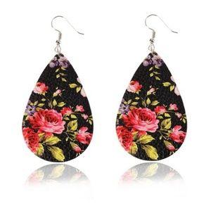 Cute Floral Teardrop Earrings